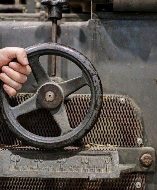 Steuerung-der-i+R-vintage-Bandsaege